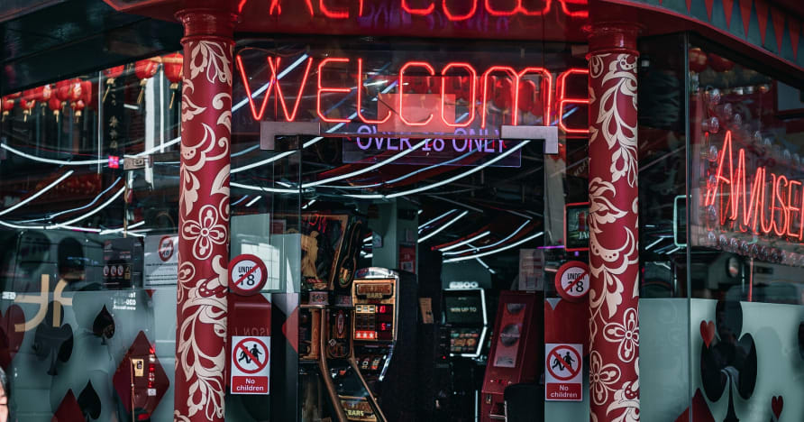 Booming Gaming: Online Casino Gaming Provider with Class